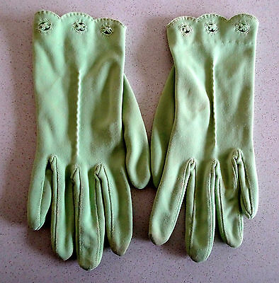 Fabulous apple green vintage dress gloves with cutwork detailing