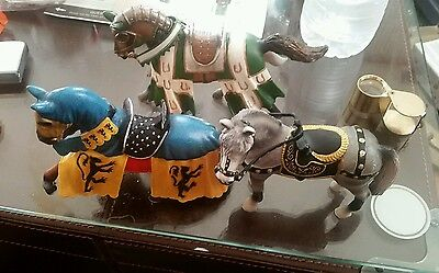 Lot of (3) Schleich horses.
