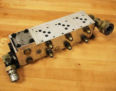 Daman AD05P043S Aluminum Hydraulic 3 Valve Manifold With Connector - USED