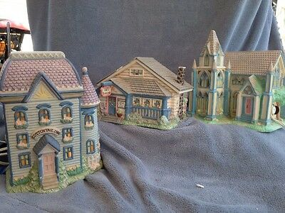 EASTER COLLECTIBLE CERAMIC LIGHTED VILLAGE 3 Inn B&B Church Cottontail