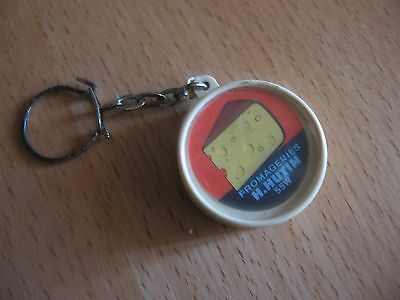 """Porte Clefs Fromage """"fromageries H.hutin"""""""
