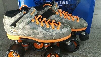 New Riedell R3 Digital Camo Roller Derby Speed Skates Camo Size 4 FREE SHIPPING!