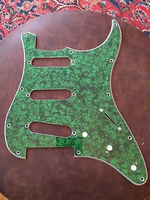 "Stratocaster Pickguard "" green pearl "" 3 ply"