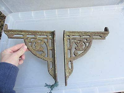 Vintage Cast Iron Shelf Brackets Holder Architectural Antique Old Cistern Gilt