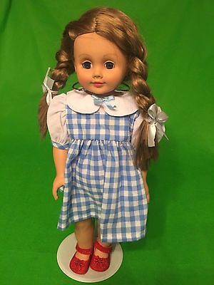 MADAME ALEXANDER 2009 WIZARD OF OZ COLLECTION 18 inch DOROTHY DOLL