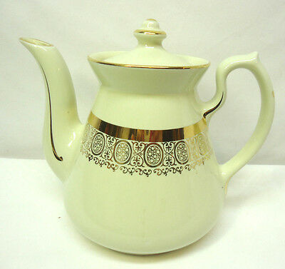 Hall China Philadelphia Teapot 6 Cup Cream with Gold Accent Design