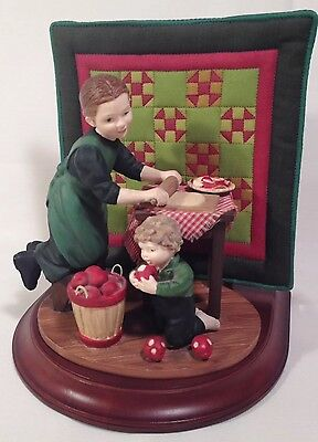 Willits Amish Heritage Collection Figurine Limited Edition 1993 30025 Rachel