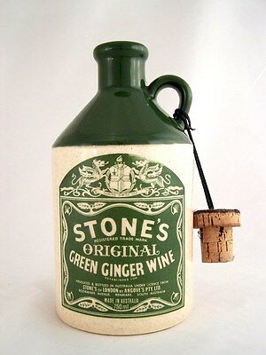 1978 circa NV STONES Original Green Ginger Wine B Isle of Wine