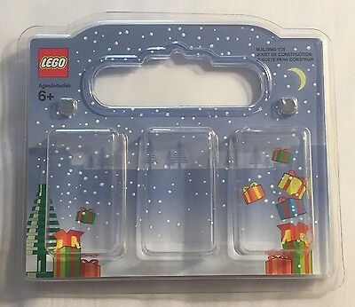 LEGO minifigure display presentation case christmas style for minifigure