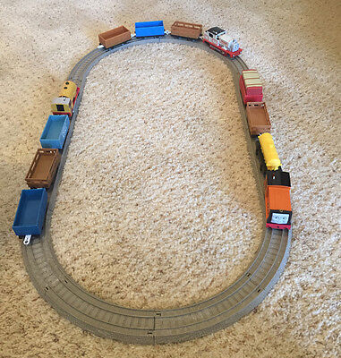 Complete READY TO RUN Thomas Trackmaster Train Sets! 3 Engines, 9 Cars, 12 Track