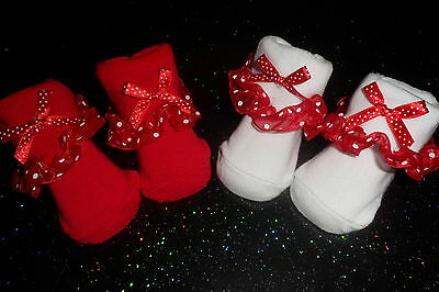 Baby Girls 0-6 Months  Frilly Socks With Bows  To Front  X 2 Pairs White / Red