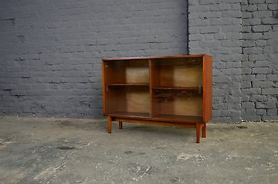 Retro Vintage Mid Century Beaver and Tapley Teak Glass Display Cabinet