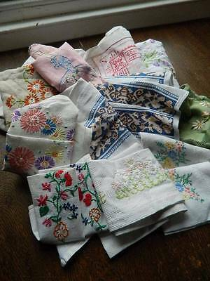 Bundle 15 items vintage table linen tablecloth tray cloths hand embroidered