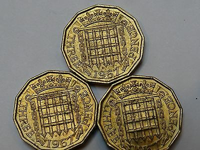 a Lot of 3 X Uncirculated 1967 Elizabeth II 3d Threepence Coins