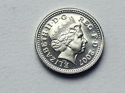 UK (Great Britain) 2007 5 PENCE (5p) Queen Elizabeth II Coin UNC from proof set