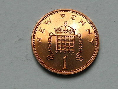 UK (Great Britain) 1974 ONE PENNY PROOF (1p) Queen Elizabeth II Coin UNC