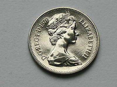 UK (Great Britain) 1978 5 PENCE (5p) Queen Elizabeth II Coin UNC (from mint set)