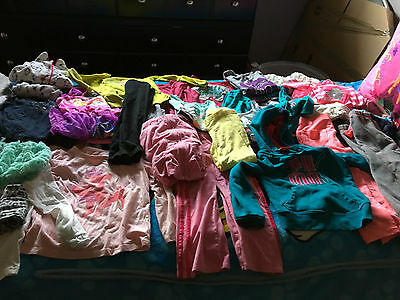 Girls Clothes/Outfits/Hoodie Lot of 35 Pieces Size 4T/4-5T