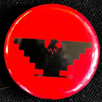 CLASSIC UNITED FARM WORKERS  BUTTON 1970s -  VIVA LA HUELGA - ORIGINAL PINBACK