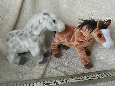 """LOT OF 2 TY Beanie Babies Horses """"LIGHTNING"""" And OATS - No Tags"""
