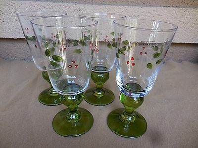 4 Royal Doulton Christmas Holiday Holly Berries Berry Water Goblet Glasses NEW