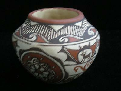 Vintage Zuni Pueblo Indian Pottery Jar / Olla Hand Coiled Pot Small Size