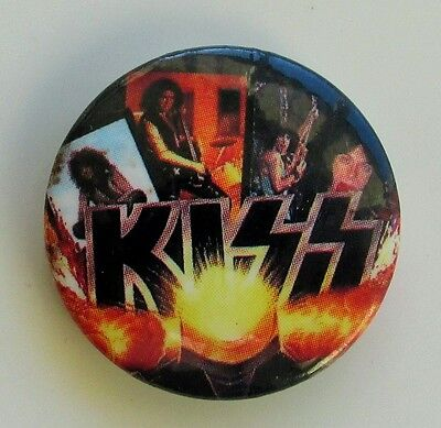 KISS GROUP MONTAGE VINTAGE METAL BUTTON BADGE FROM THE 1980's OLD RETRO
