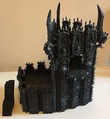 Warhammer Age of Sigmar Chaos Dreadhold: Overlord Bastion Scenery