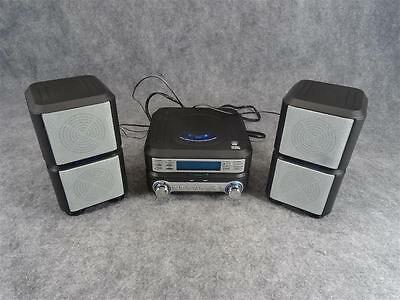 Sylvania Compact CD Micro System With FM/AM Radio And Alarm