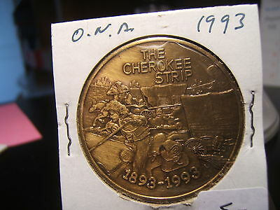"1993 O.N.A.  ""THE CHEROKEE STRIP 1893 - 1993 MEDAL Covered Wagons"