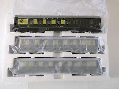 HORNBY set of 3 Pullman cars - new - ex set R1169, 2 x open, 1 brake