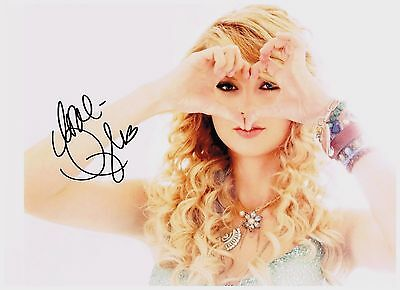 Taylor Swift 8 1/2 x 11 Very Sexy Authentic Signed Autographed Photo W/ COA