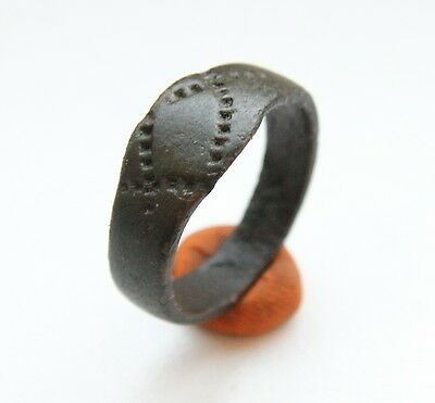 Ancient Old Viking Bronze Decorated Ring (AVG30)
