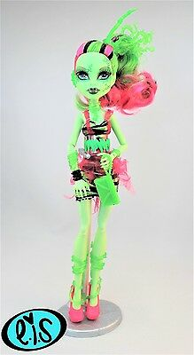 Venus Mcflytrap Zombie Shake Monster High Doll Immaculate