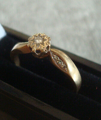 LADIES 9CT .375 GOLD DIAMOND RING 2.1g SIZE P 1/2 BOXED