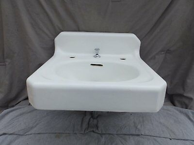 Antique Cast Iron White Porcelain Wall Mount Bathroom Sink Vtg Plumbing 2098-16