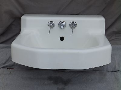 Vtg Cast Iron White Porcelain Shelf Top Wall Mount Bathroom Sink Old Vtg 2102-16
