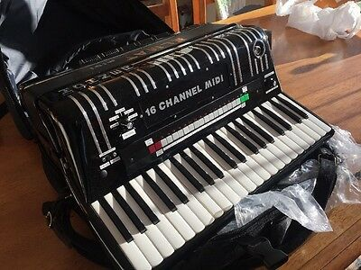 Elmat Hohner Midi Accordion Light Weight Reedless