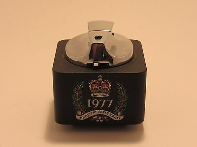 Vintage RONSON 1977 The Queen's Silver Jubilee Table Lighter
