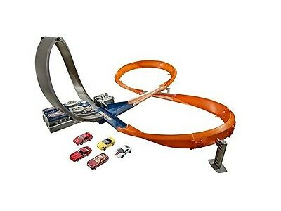 Hot Wheels Figure 8 Raceway With 6 Cars Brand New Boxed Great Gift