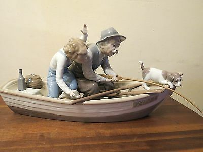 LLADRO Fishing with Gramps (Motherood & Family Series)