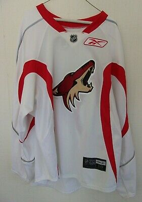 PHOENIX COYOTES used white-and-red size 58 goalie-cut practice jersey 2009-2014