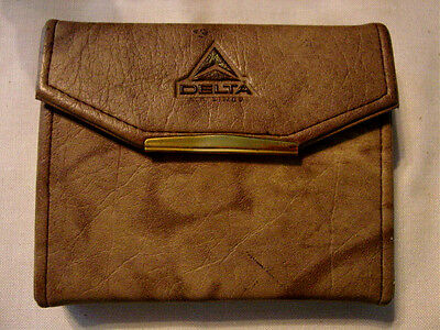 DELTA AIRLINES Embossed Playing Card Travel Carrying Case Boston Las Vegas