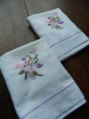 Pair of vintage white cotton pillowcases - embroidery - pink & violet florals