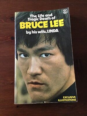 THE LIFE AND TRAGIC DEATH OF BRUCE LEE Ist Edition 1975 Star Books