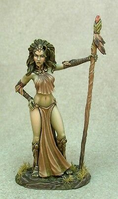 Dark Sword Miniatures - Wood Elf Goddess - Avatar Form (28mm scale)