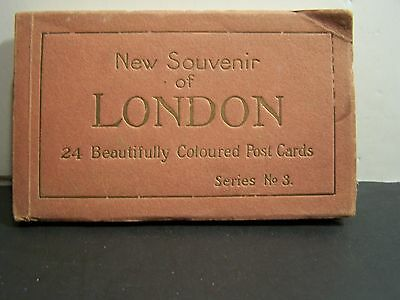 Souvenir Booklet Of 24 Coloured Post Cards Of London-Series #3