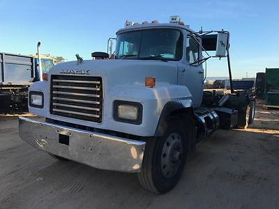 1999 Rd Mack 690Sroll Off Container Dumpster Outside Rail Cable Truck