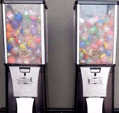 candy or gumball vending machine vends toys (lot of 2)