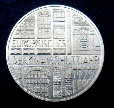 High Grade Germany .625 Silver 5 Deutsche historic monuments 1975